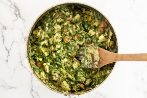 Ingredients 1 tbsp extra virgin olive oil 4 bell peppers, cut in halves lengthwise 3 garlic cloves, minced 400 ml (14 oz) canned artichokes, strained and chopped 300 ml (10 oz) frozen spinach, thawed and strained 2 springs fresh thyme 135g (5 oz) vegan cream cheese salt and black pepper, to taste ½ cup of vegan mozzarella cheese, grated Instructions • Heat oven to 375F. Grease a 9x13-inch baking pan with olive oil. Set aside. • Arrange the bell peppers in the prepared baking pan. • Over medium heat in a large skillet, add in the garlic, onion, thyme, and fry until onions are translucent about 2 minutes. Then, add the mushrooms and fry for another 5 minutes until soft, and then the cashew cream cheese, spinach, and artichokes. Fry until the cashew cheese is fully melted and integrated into the mixture and most of the water has evaporated. Season with salt and black pepper to taste. • Spoon in the filling to peppers dividing it evenly among them. Sprinkle cheese over the top and bake for 30-40 minutes or until the peppers have blistered.