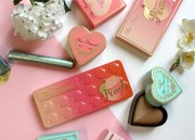 Grand Retour de la Palette Sweet Peach de Too Faced