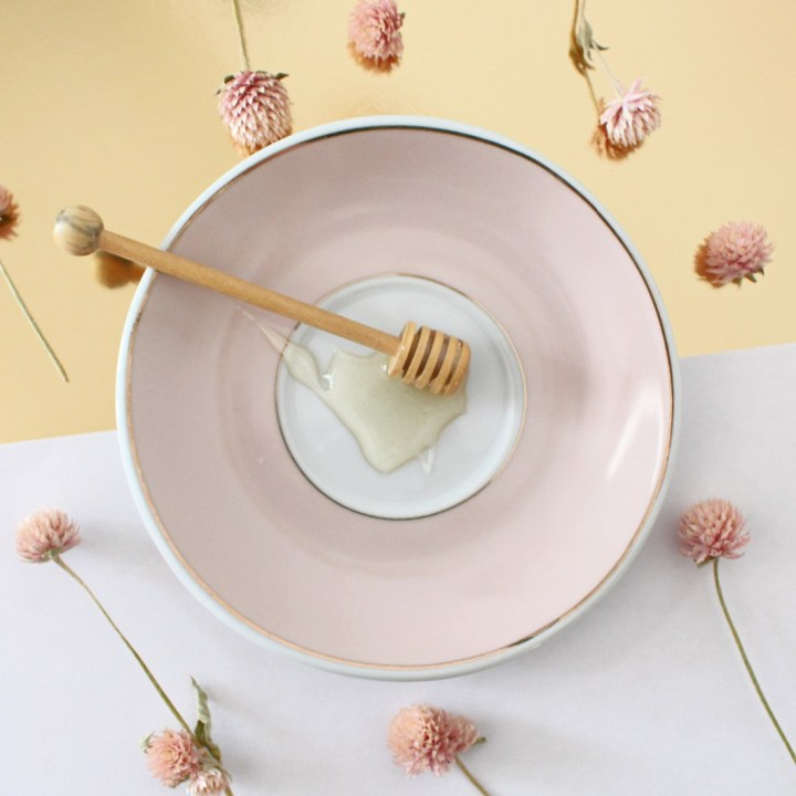Soins au miel pour un hiver selfcare
