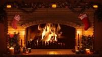 18 Christmas Fireplace Decor: Christmas Mantel and ...