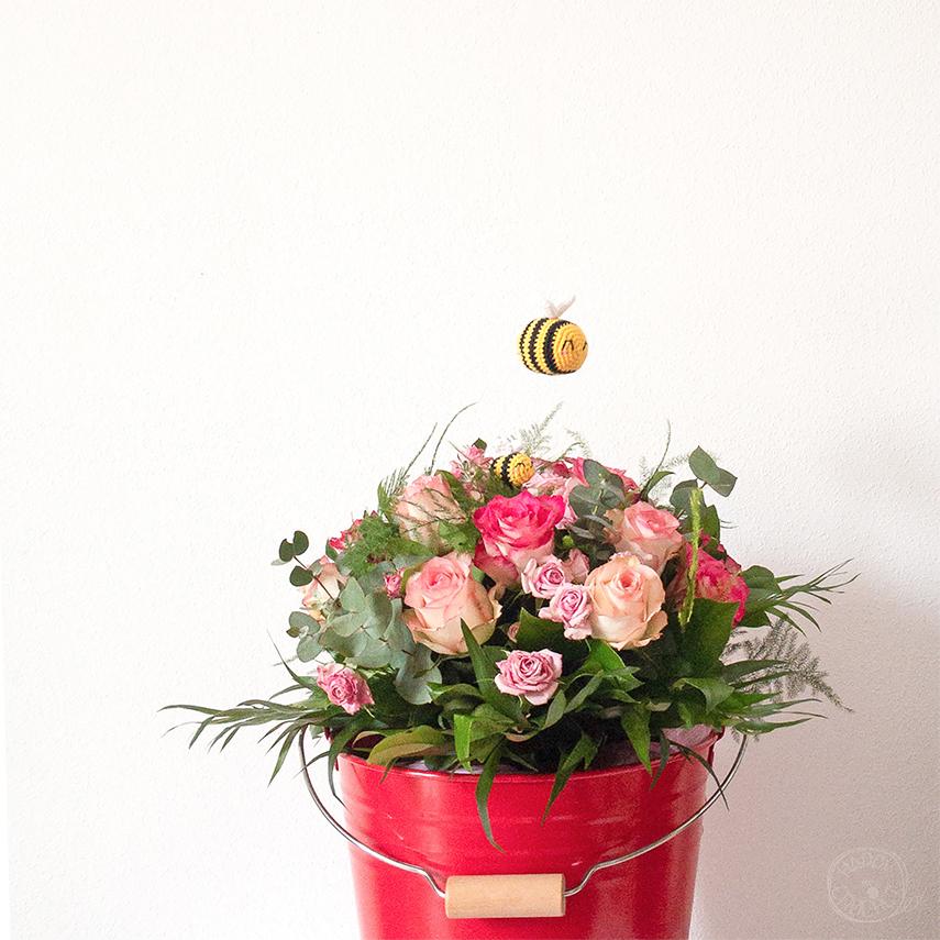 Bouquet de Roses et abeilles Crochet