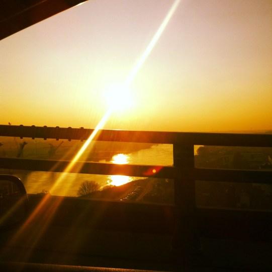 lever de soleil sunrise pont de cheviré nantes