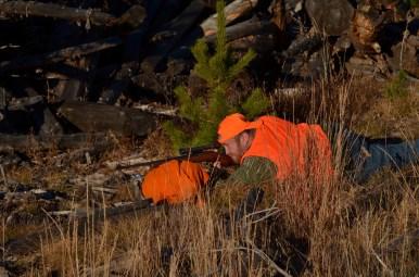 prone-rifle-hunter-wayne-d-lewis-dsc_0248
