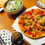 OKストア(オーケー)の焼きたてピザは予約もできて安い!コストコ並の最強コスパ