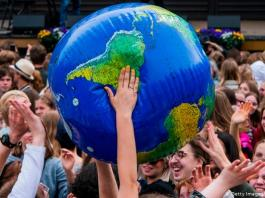 Citizen assembly takes on Germany's climate pledges