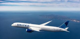 United Airlines: 'No choice' but to go carbon neutral