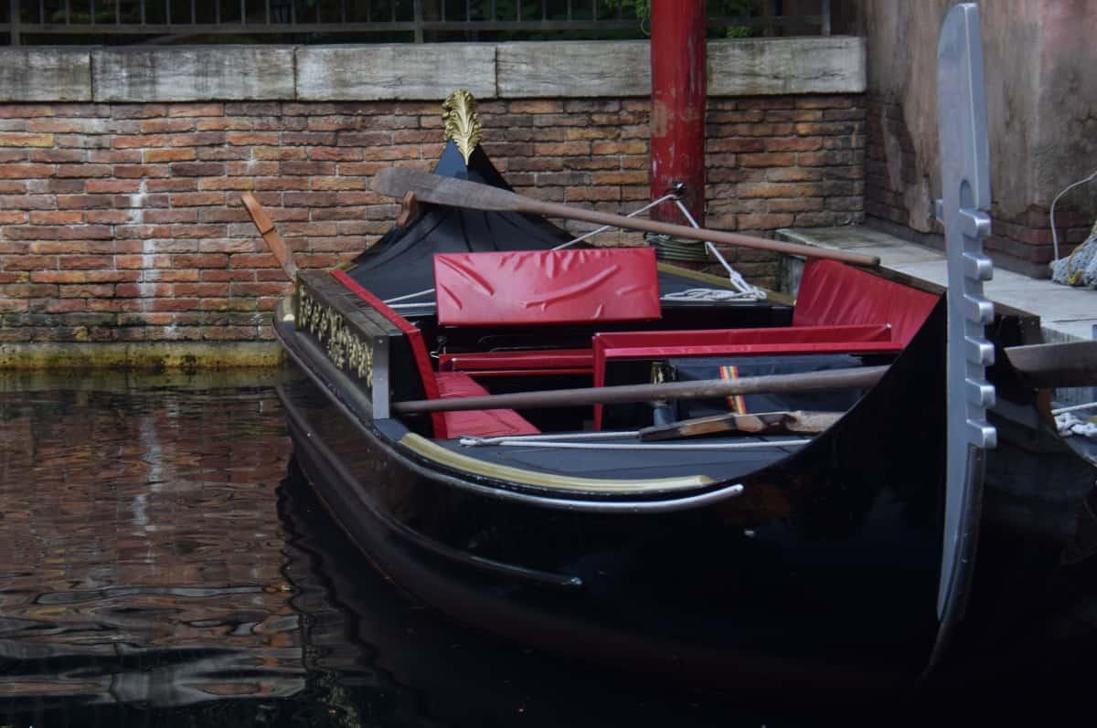 ディズニー ボート