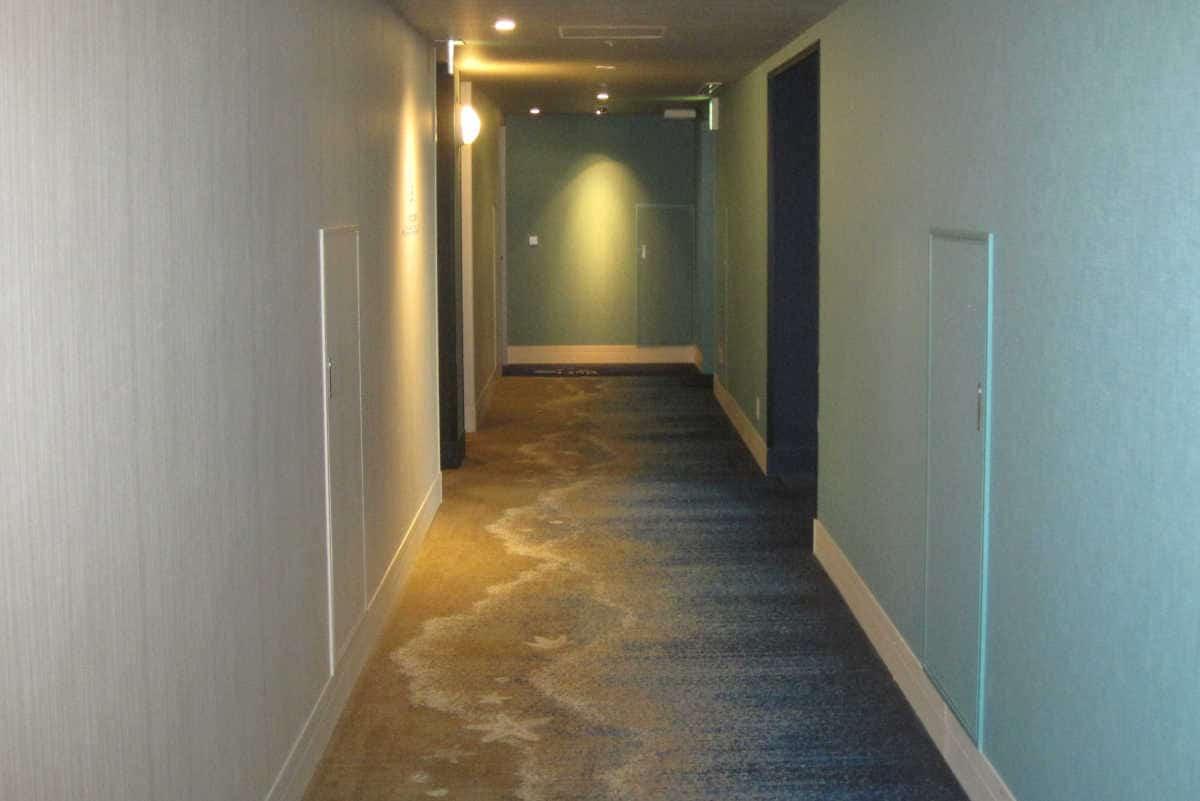 波打ち際の廊下