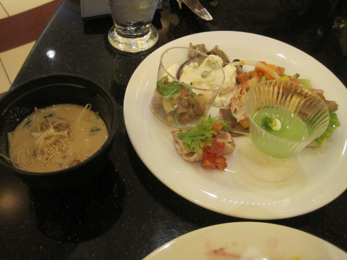 料理とスープ