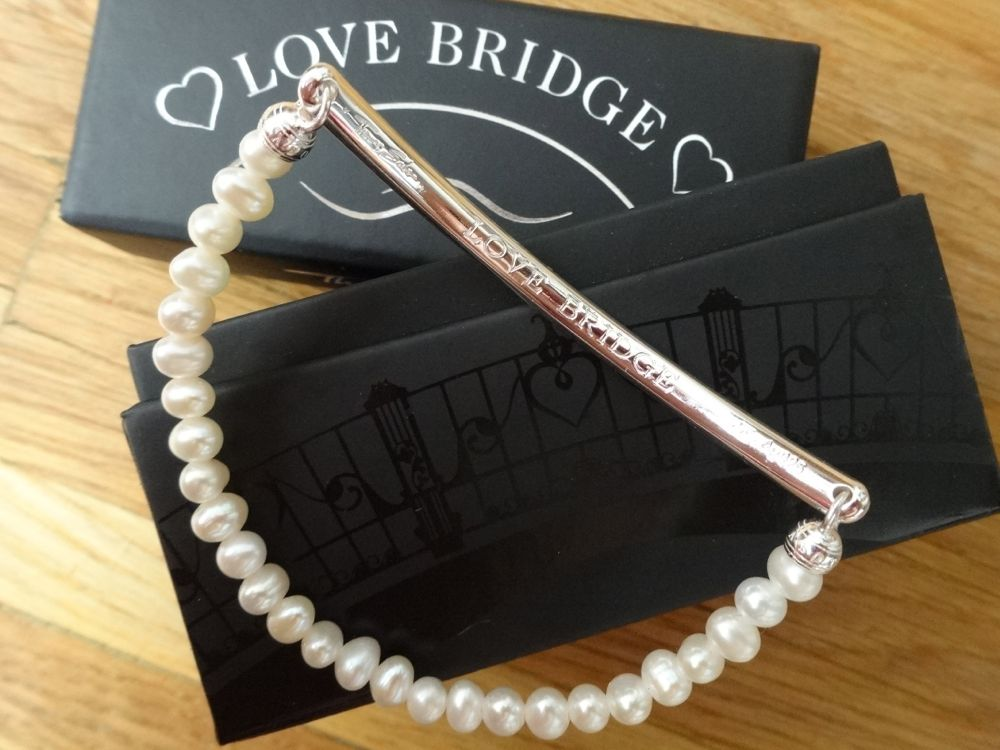 Make Memories Last - THOMAS SABO Love Bridge Bracelets