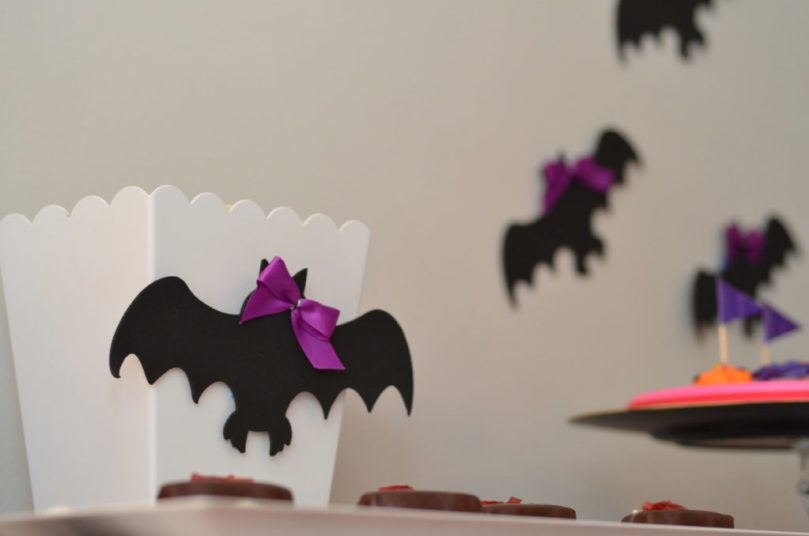 Bats + Bows Halloween Party by Happy Family Blog