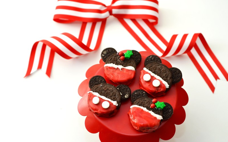Minnie and Mickey Cookies by Happy Family Blog