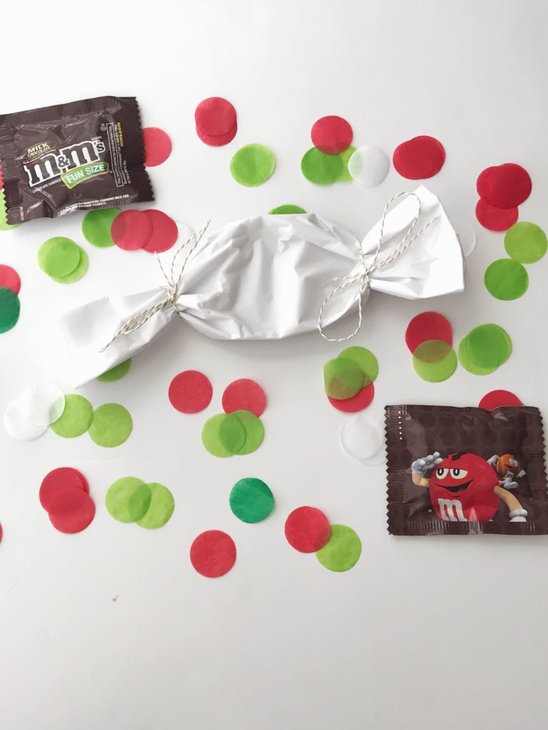 How to Display Holiday Cards by Happy Family Blog
