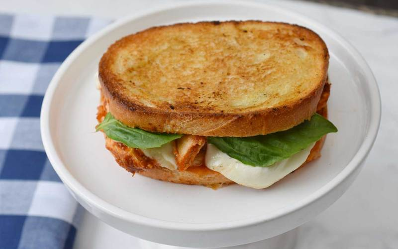 Chicken Caprese Sandwich Recipe