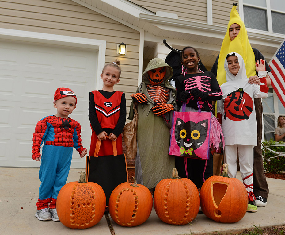 Halloween Safety Tips by Happy Family Blog