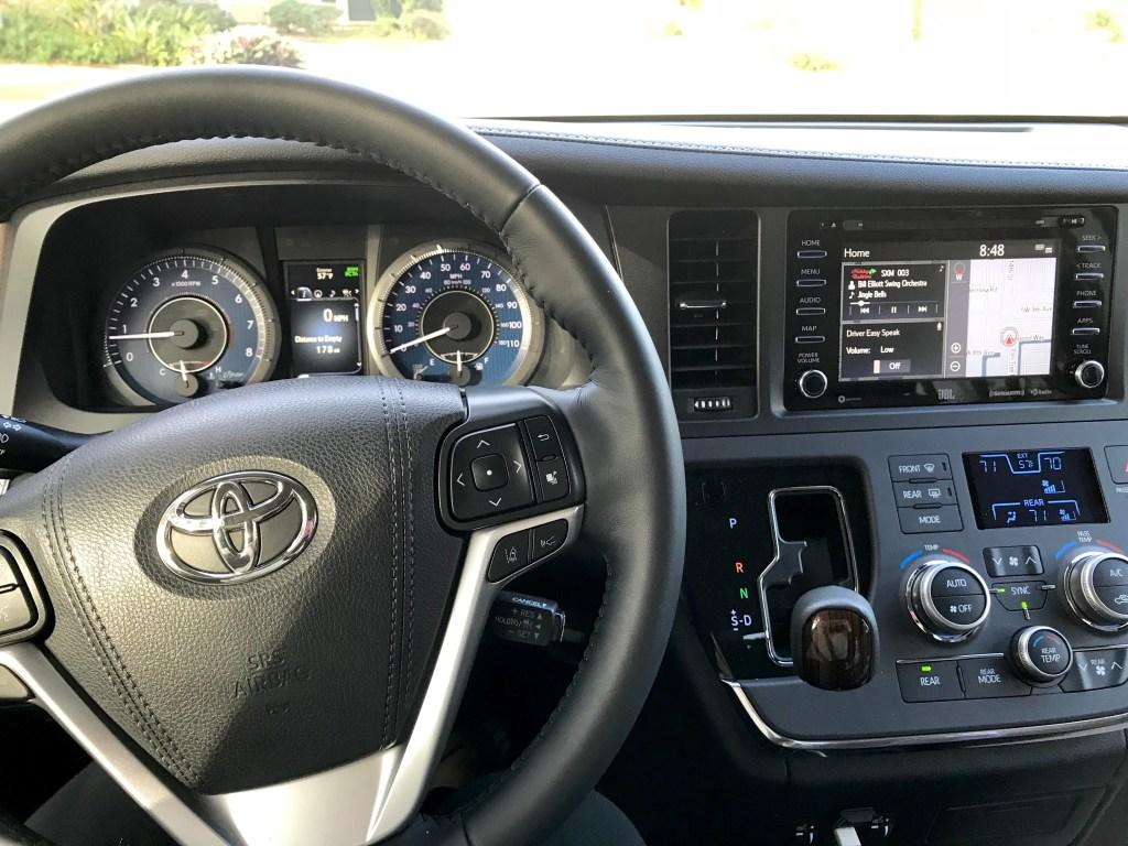 Minivan vs. SUV, Toyota Sienna Interior, Toyota Sienna 2019, Toyota Sienna, Toyota Sienna Price
