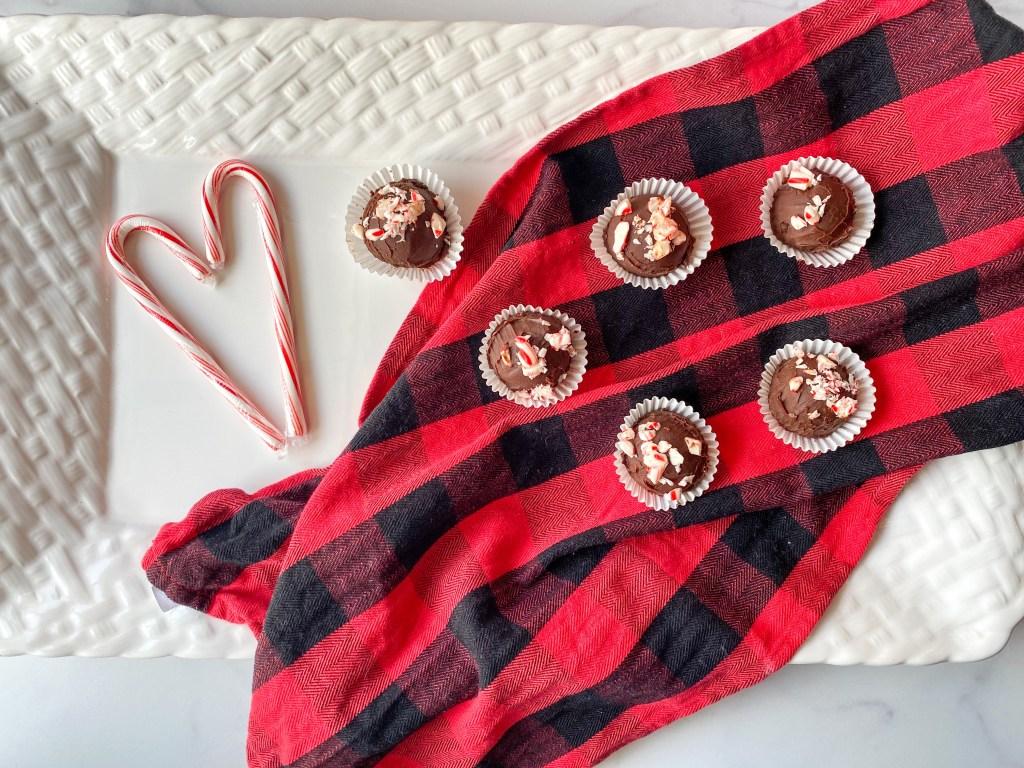 peppermint truffles recipe easy, chocolate peppermint truffles