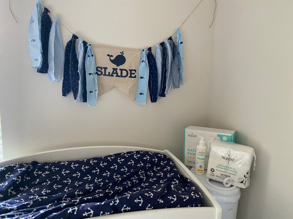 Gifts to take to the hospital for a new baby