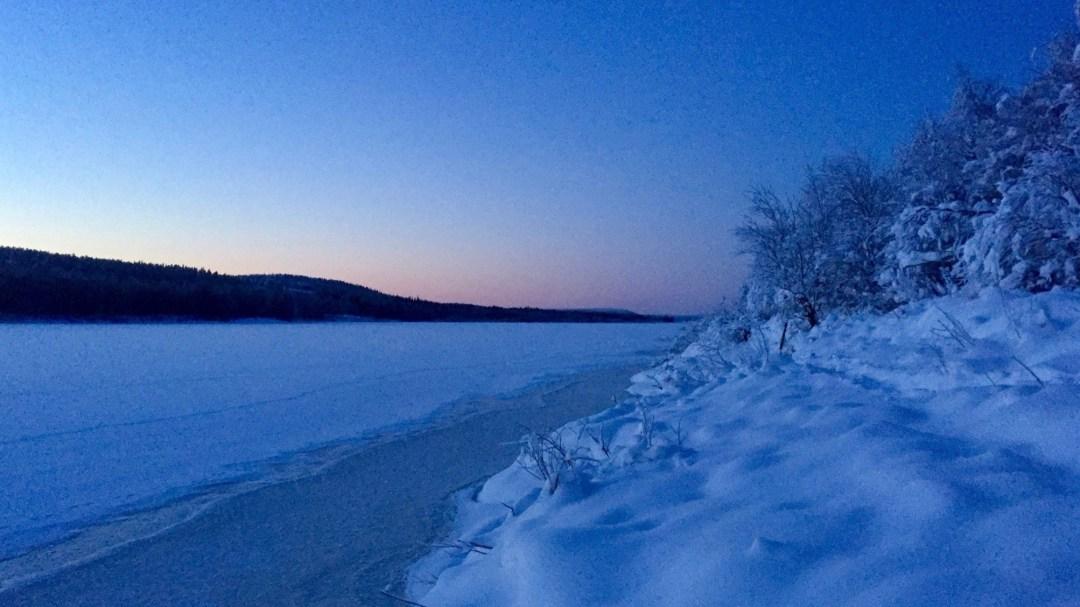 Happy-Fox-Arctic-Husky-Adventure-ounasjoki-river