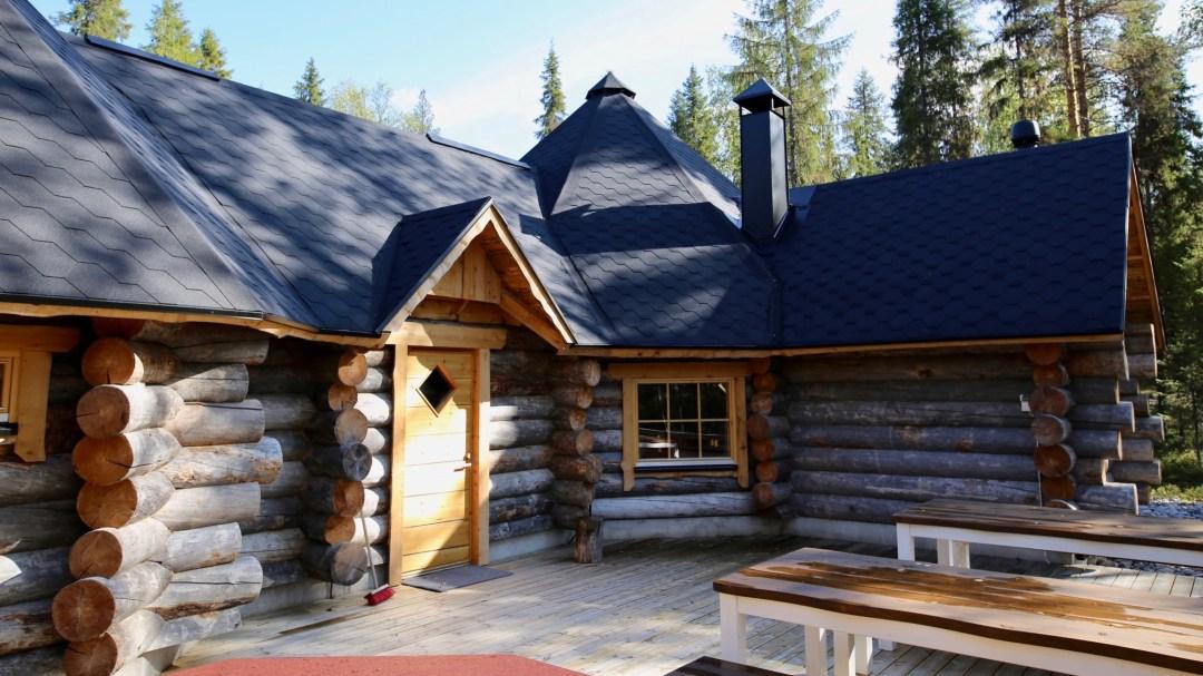 Happy-Fox-Log-Sauna-and-Finnish-Food-Fox-Cottage-terrance-p