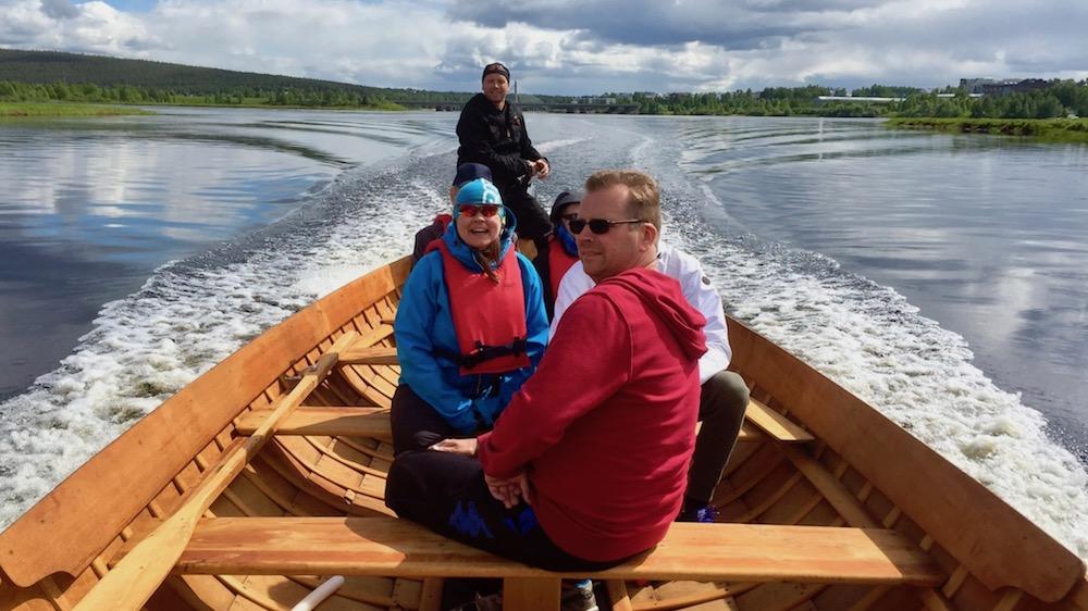 Happy-Fox-Arctic-Boat-Trip-to-the-Ounasjoki-River-and-kemijoki-River-happy-people