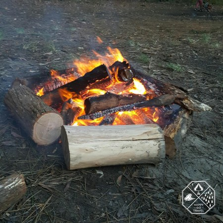 How to build a campfire | preheating logs