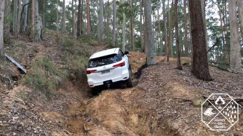 Toyota Fortuner doing hill climb at CPT 80 Road, Watagans National Park
