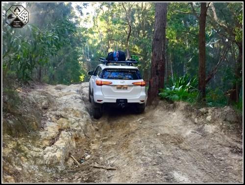 Toyota Fortuner Offroad- rock climb - Gap Rd Freemans Waterhole 4x4 track NSW