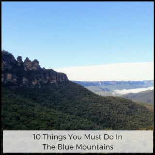 10 Things You Must Do In The Blue Mountains | View looking at Three Sisters in Blue Mountains