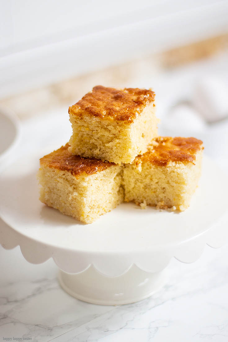 The Yummiest Cornbread Recipes Ever! These are the 7 Best Muffin and Bread Recipes among my blogger friends. We round up all our favorite family recipes which are tried and tested. From the best cornbread, easy no-knead bread to banana muffins, you'll for sure find some great recipes. #baking #muffins #breads #quickbreads #recipes #cornbread #bestbreads