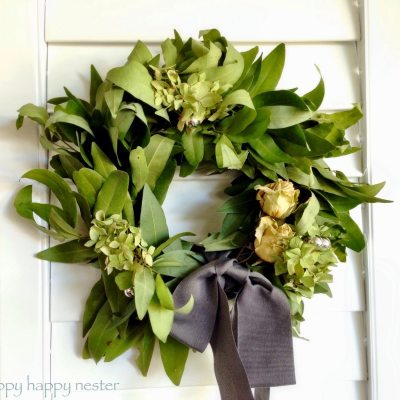 How to Make a Bay Leaf Wreath