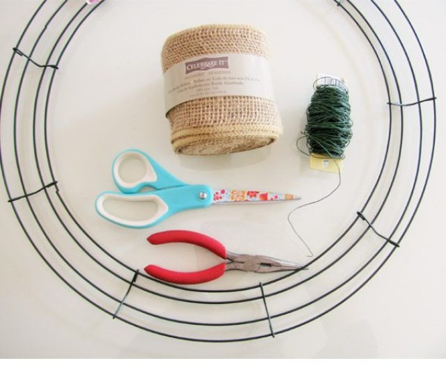 burlap wreath supplies