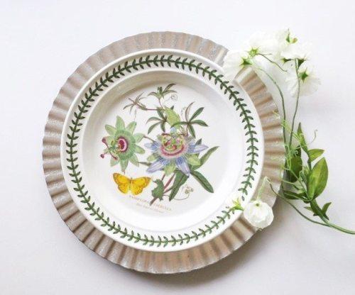 Spring plates for decor