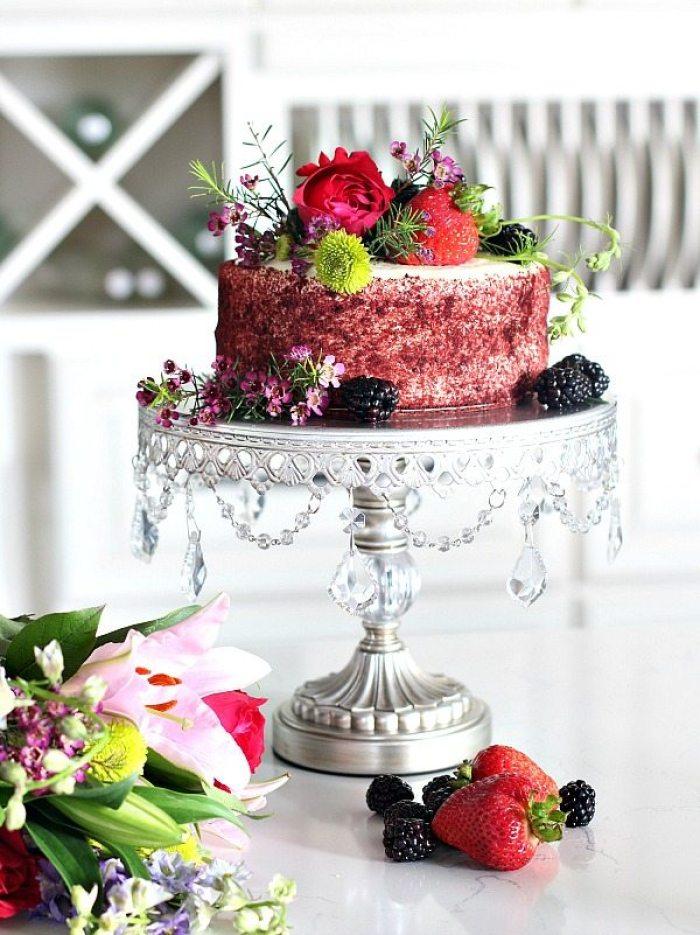 creative cake stands cake-platter-red-velvet