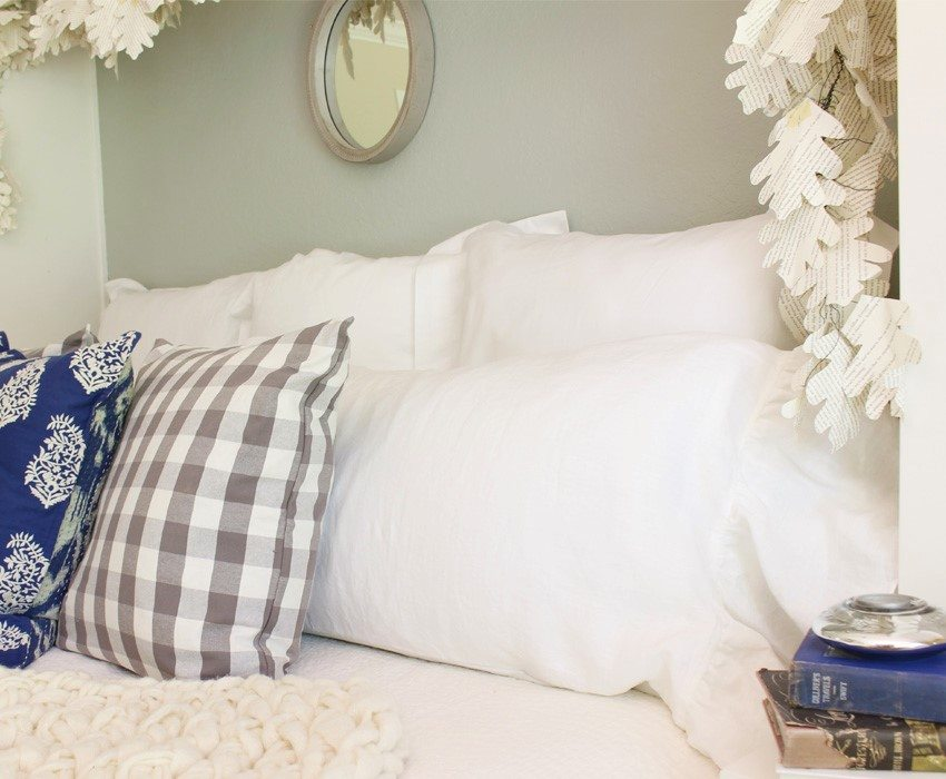 linens-hallstrom-giveaway-pillow-sm-ver