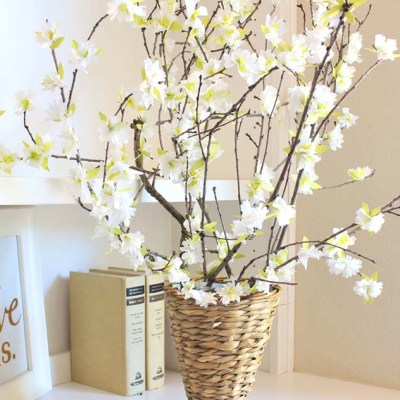 Easy Tissue Paper Flowers: Pear Blossoms