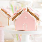 Gingerbread House Ideas: A Valentine's Day Craft