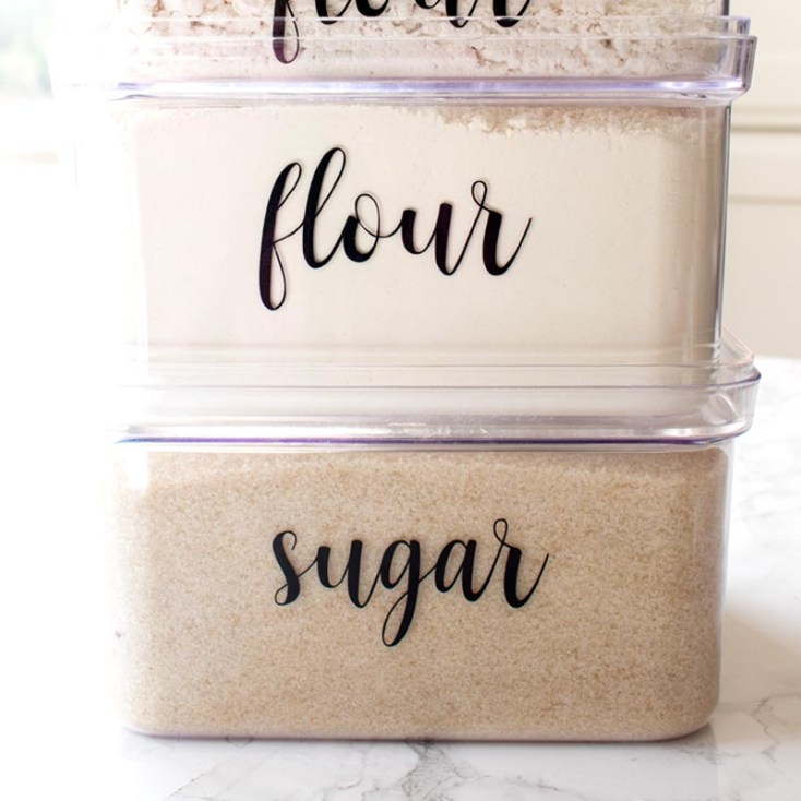https://raggedy-bits.com/DIY/farmhouse-dried-fruit-pantry-labels/