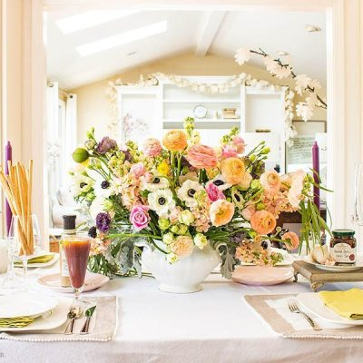 This year easy entertaining is one of my goals. Planning a great meal and decorating with flowers is essential. Making delicious food is key and I found that Stonewall Kitchen has the best supply of gourmet ingredients. #entertaining #gourmetfood #easyentertaining