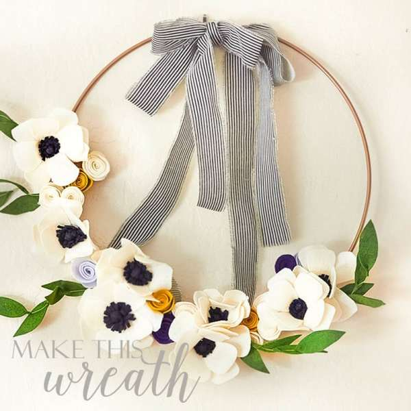 Here are 2 summer wreaths DIY's that you will want to create for this summer. My felted flower tutorial will inspire you to make a ton of these inexpensive flowers. Deb's summer sailing wreath makes a beautiful outdoor summer wreath for the front door. #crafts #summerwreaths #wreaths #diy #craftsdiy #wreathtutorial