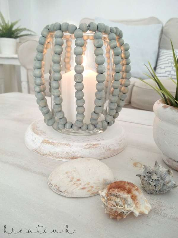 This post is full of great DIY projects for your home. Come on over and be inspired to create a ton of cool home decor. #DIYprojects #DIY #homedecor #crafts #projects #painting #candleproject