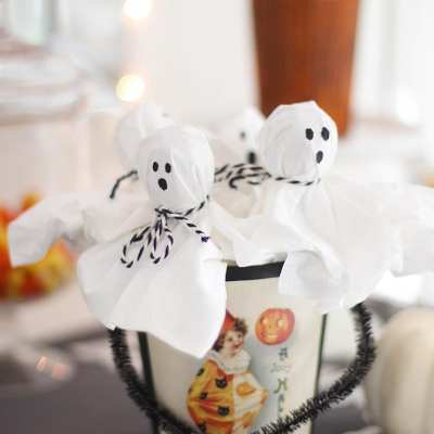 How to Make Lollipop Ghosts