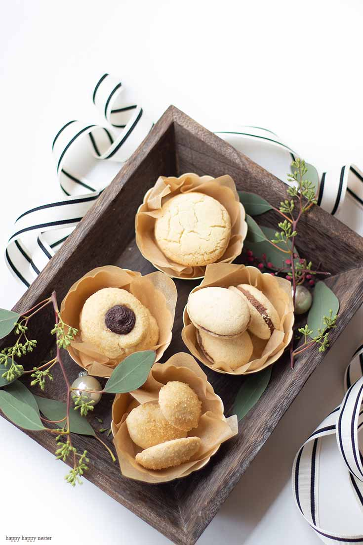 Do you need a Beautiful DIY Cookie Packaging Tray for gifts? If you need an easy way to present cookies on a tray, then you must try my perfect cookie tray idea. It is a quick and impressive way to gift some homemade cookies. All the cookies in this post have recipes. Cookies | Cookie Tray | Cookie Gift Ideas | Holiday