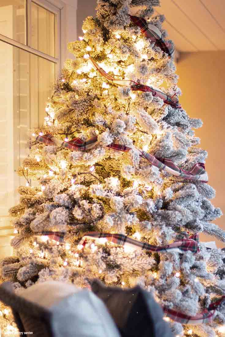 how to choose and buy a flocked christmas tree