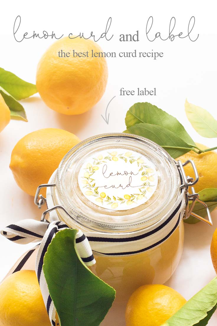 There is nothing better than fresh Homemade Lemon Curd with Printable Labels. Make this lemon curd and give it to friends and family as gifts. Add this cute printable and a pretty jar, and it is the perfect gift. #lemoncurd #baking #englishlemoncurd #printable #labels #freelabels #lemoncurdlabel #lemondessert #recipe
