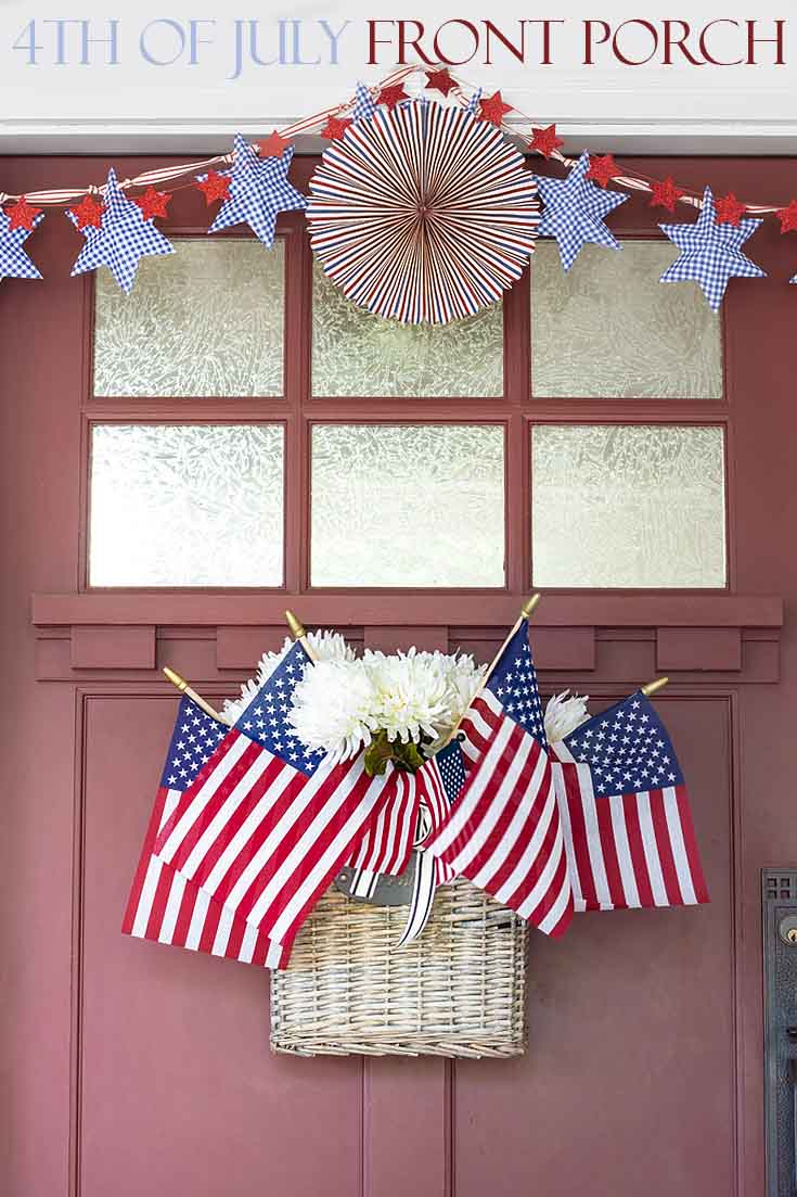 Check out Front Porch Ideas for 4th of July. This blog post has some simple and quick ideas you can use when decorating your summer porch and door. #summer #summerdecor