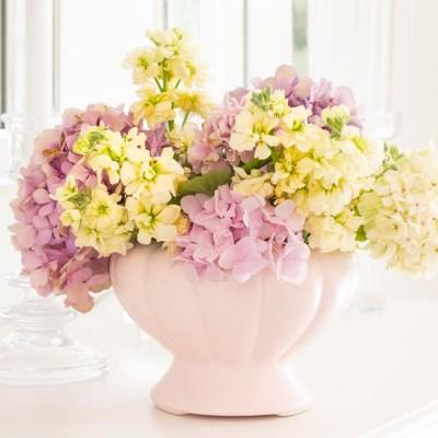 Summer Table Decor with Hydrangeas