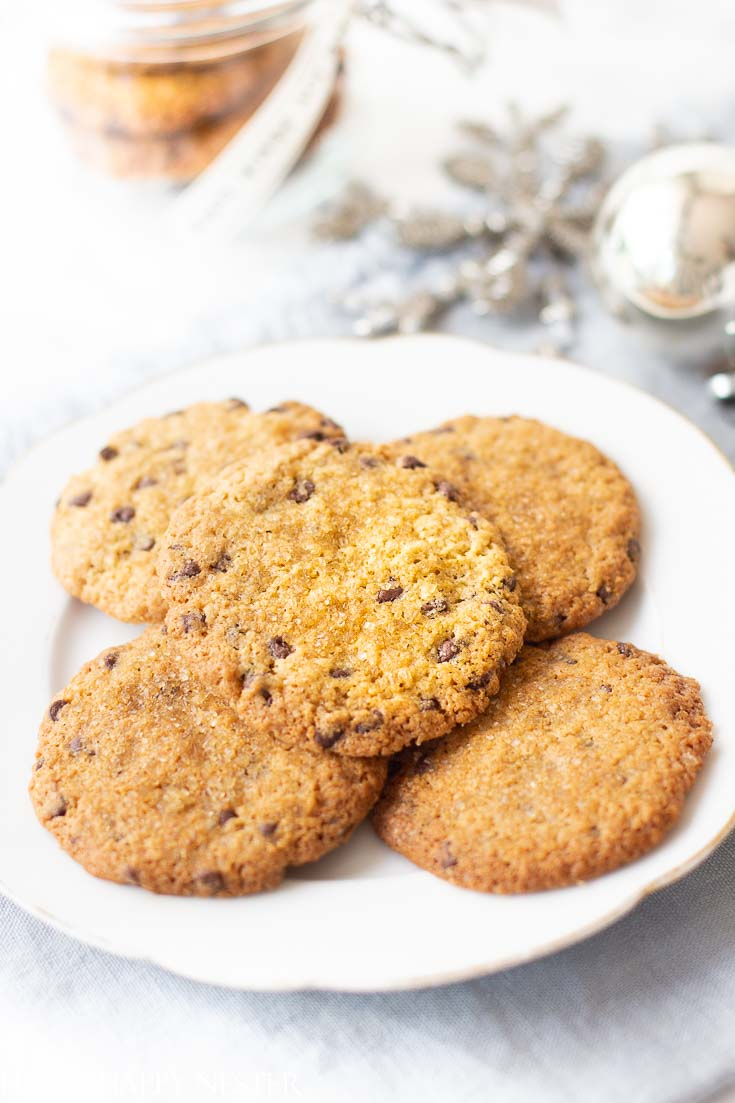 If you like a crispy and chewy cookie, then you'll love this Chocolate Chip Cookie Recipe, this is a thin, crispy cookie that is easy to make and so yummy. Make sure to try this thin perfect cookie. #cookie #cookierecipe #christmascookie