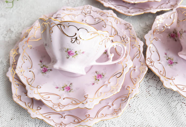 beautiful teacups for a tea party