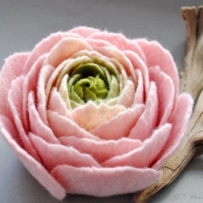 Where to Buy Beautiful Felt Flowers